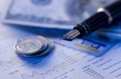 貸款或投資+專業服務型知識產權運營基金兩大類商業模式