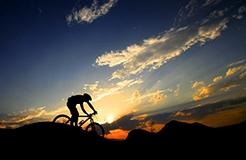 夜騎者的福音——Lumos智能單車頭盔