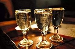"""不能稱""""國酒""""但可以是中華巔峰?""""華巔""""商標已在酒類注冊成功"""