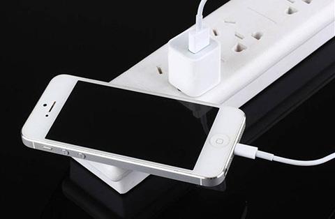手机和手机充电器不属于撤三程序中的类似商品
