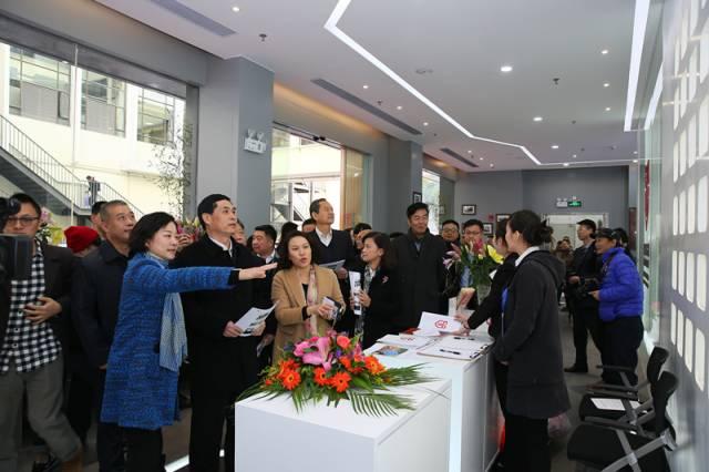 """国家商标品牌创新创业(广州)基地开业运营暨""""老广交IP硅谷""""公众开放日活动成功举办"""