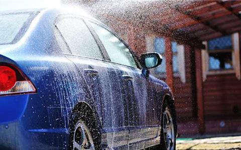 黑科技以后让你不用再洗车!