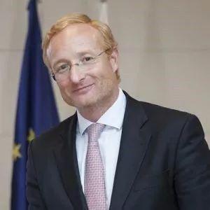 欧专局新局长「安东尼奥.坎普诺斯」正式上任,任期5年