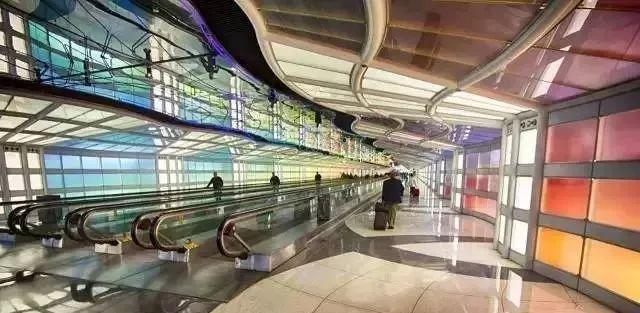 赏析 | 国际机场中的黑科技和艺术装置