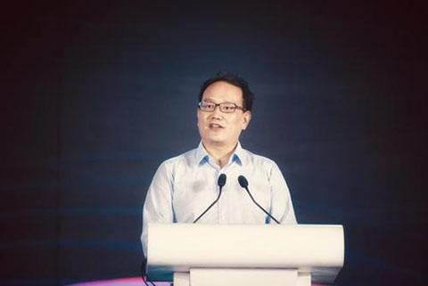 """#晨报#微博CEO网名被抢注为""""成人用品""""商标?律师:具有知名度可维权"""
