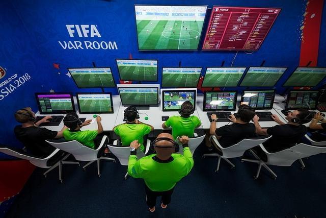 专利探秘——足球赛场上的VAR和足球