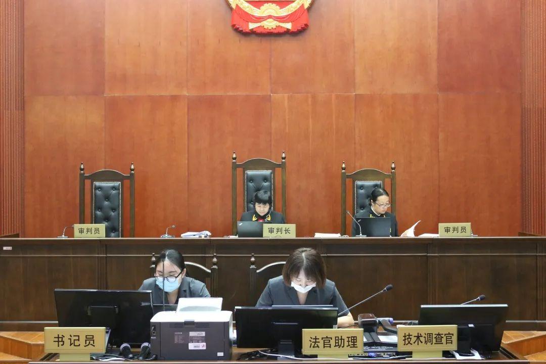 #晨报#一加在美国被Tactus科技有限公司起诉;Kortek起诉深圳市酷客智能科技三件专利侵权