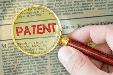 一位律师的御用专利无效请求人Lina女士
