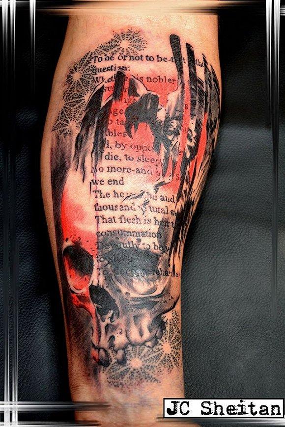 世界上最酷的半机械人竟然是个画纹身的